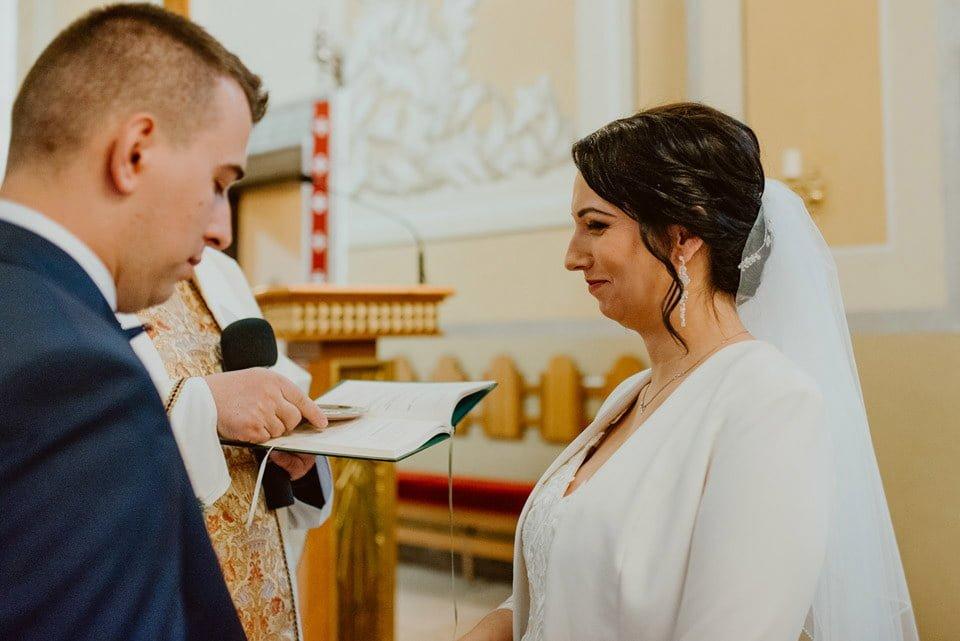 Agnieszka & Arek - reportaż ślubny Radom 33