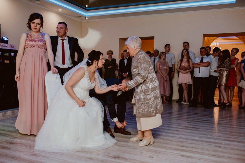 Agnieszka & Arek - reportaż ślubny Radom 114