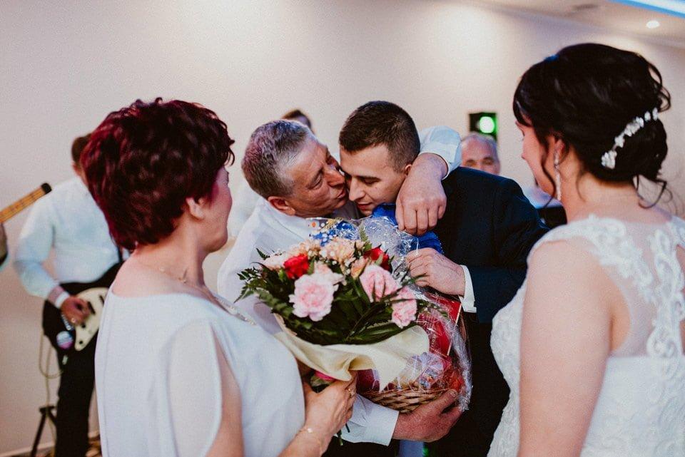 Agnieszka & Arek - reportaż ślubny Radom 125