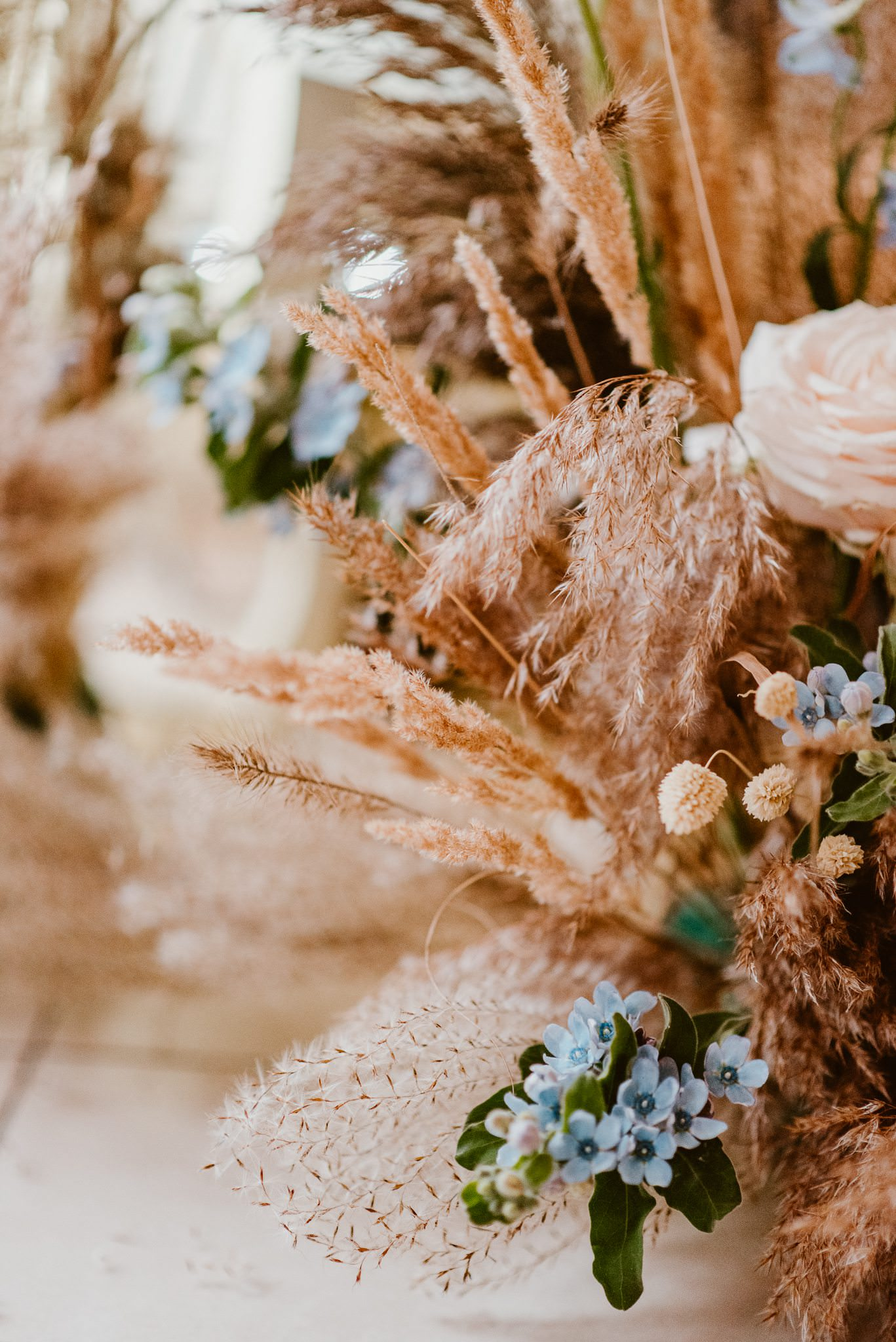 dekoracje ślubne glamour