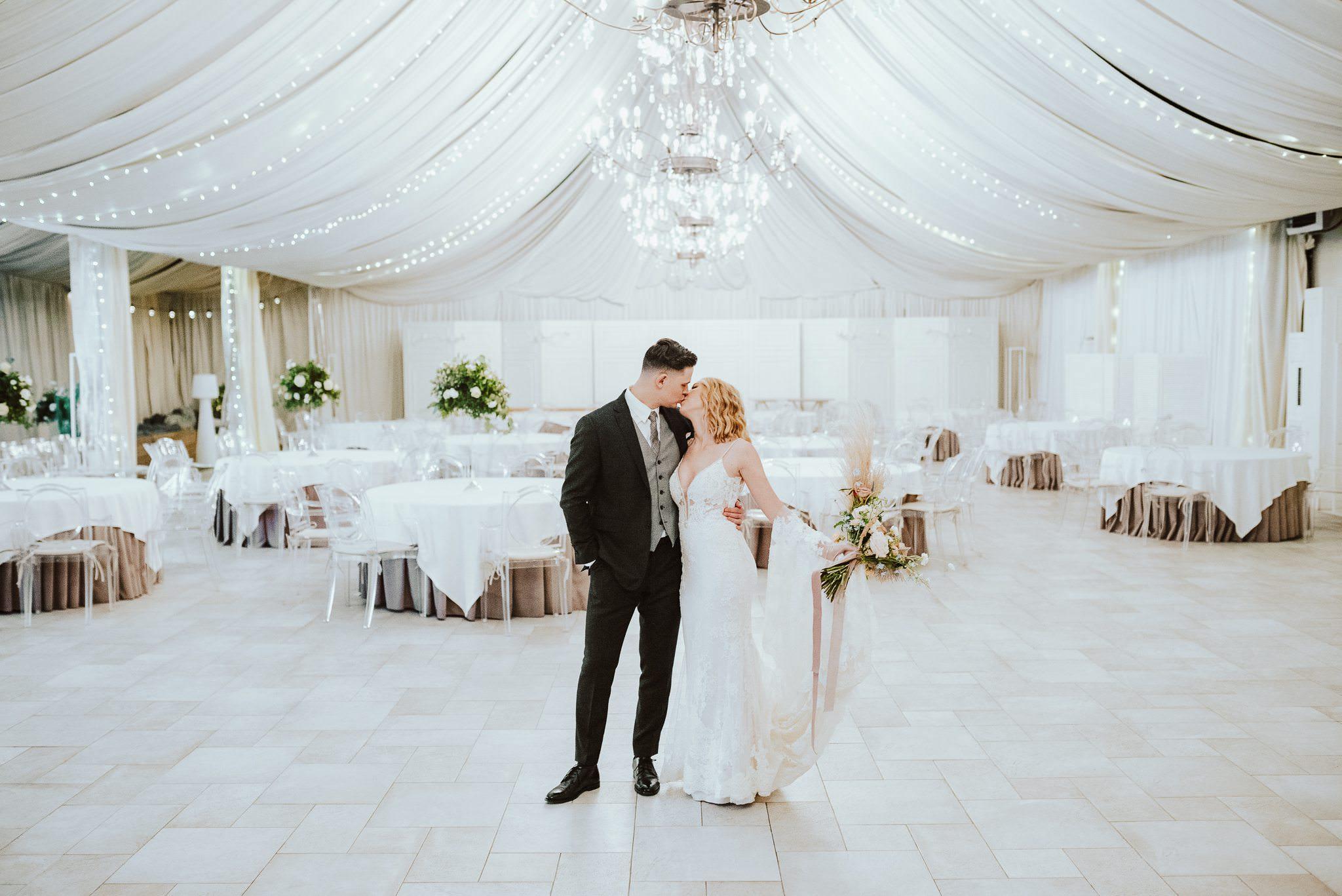 Stylizowana sesja ślubna - Miętowe Wzgórza 5